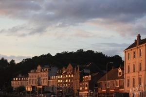 Oban: Magical Light