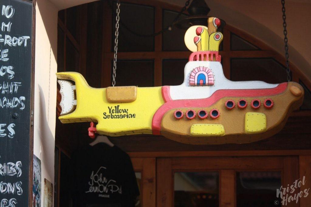 Yellow Submarine & John Lennon pub